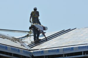 roofers-at-work